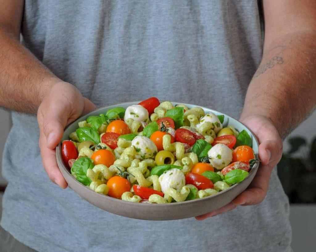 vegan mozzarella ball pasta salad