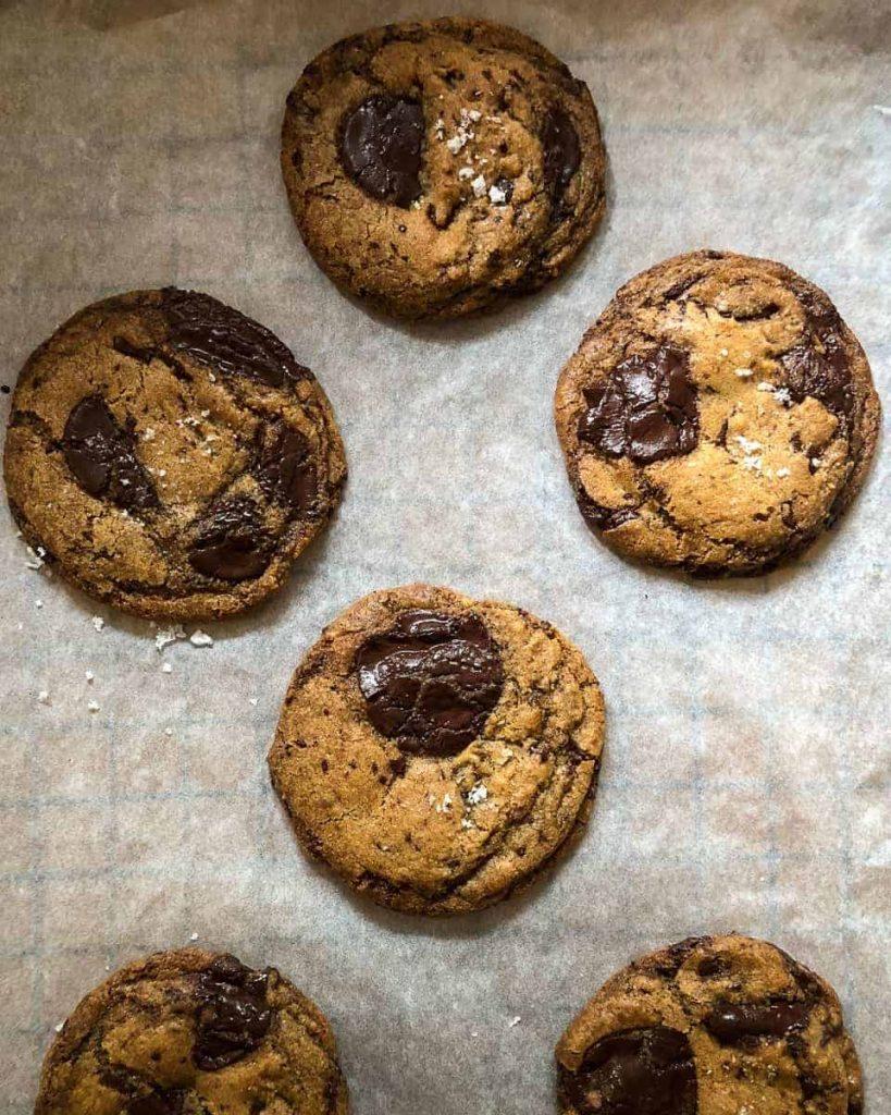 moody vegan chocolate chip cookies