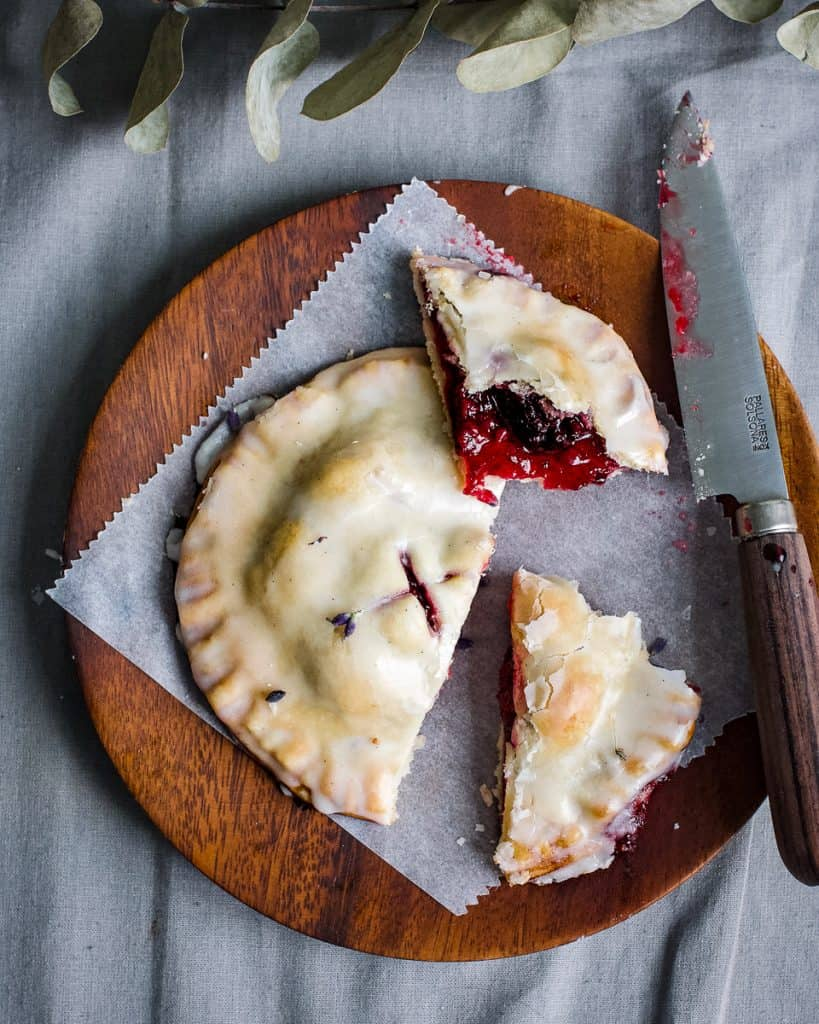 blackberry hand pie vegan