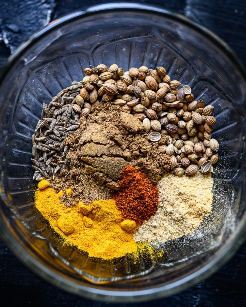 spices for roasted romanesco curry