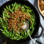 braised runner beans with pangritata