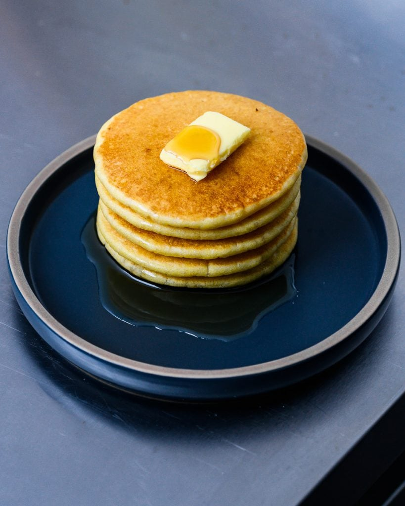 vegan cornmeal buttermilk pancakes