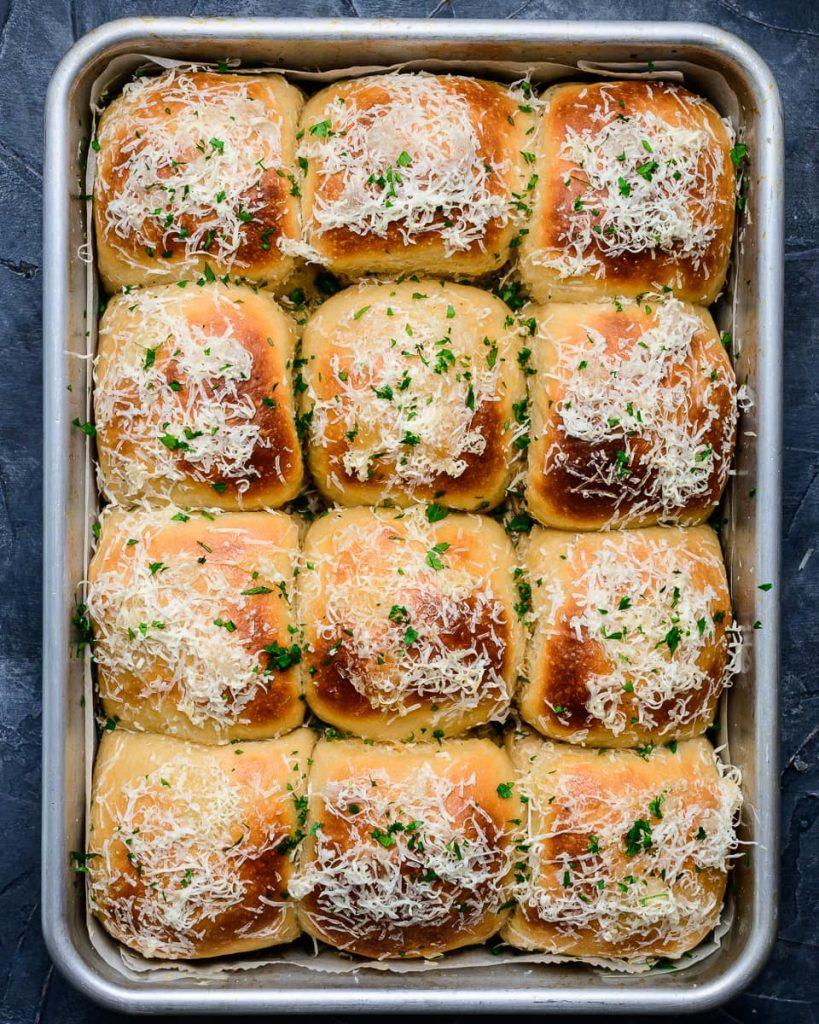 vegan cheesy beer rolls