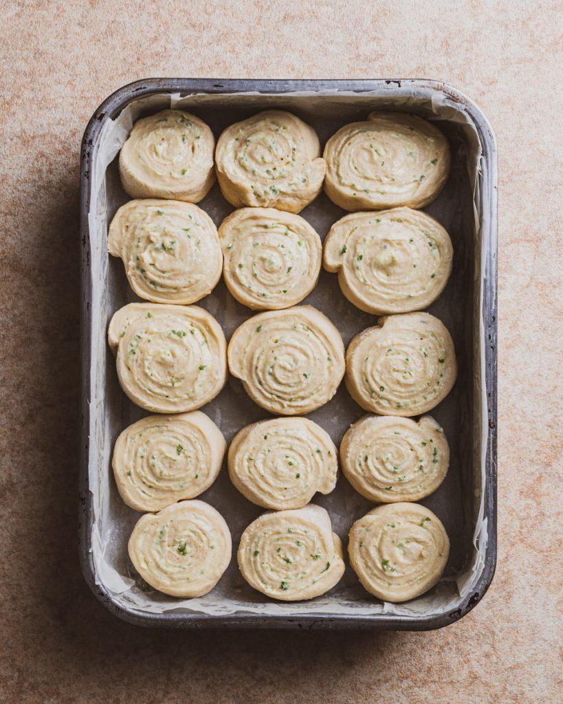 vegan garlic butter rolls