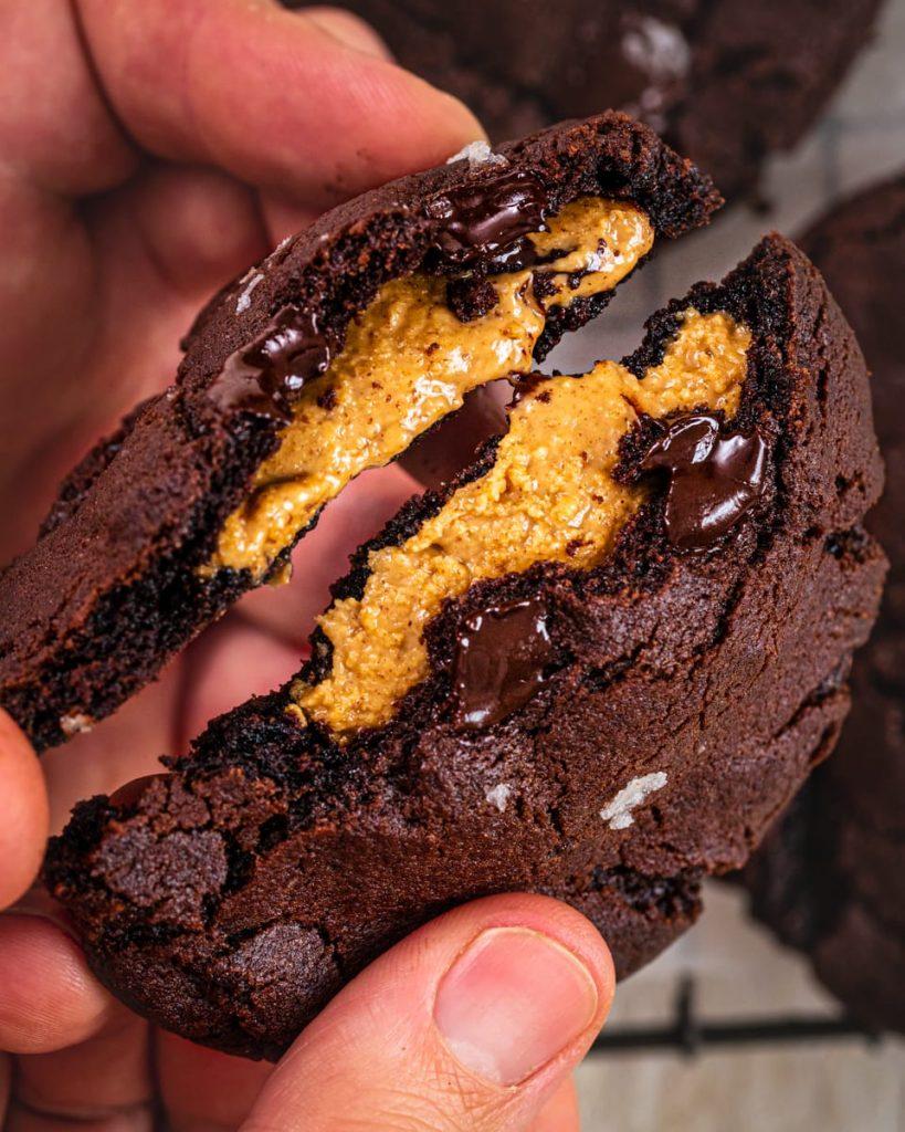 vegan peanut butter stuffed cookies